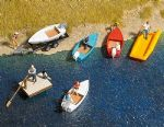 8057 N Scale Boat set